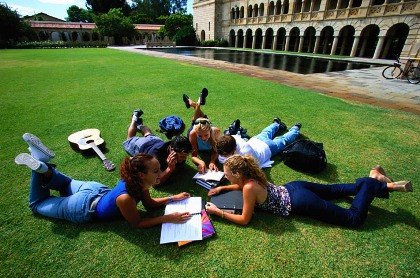 Prepárate para estudiar fuera del país